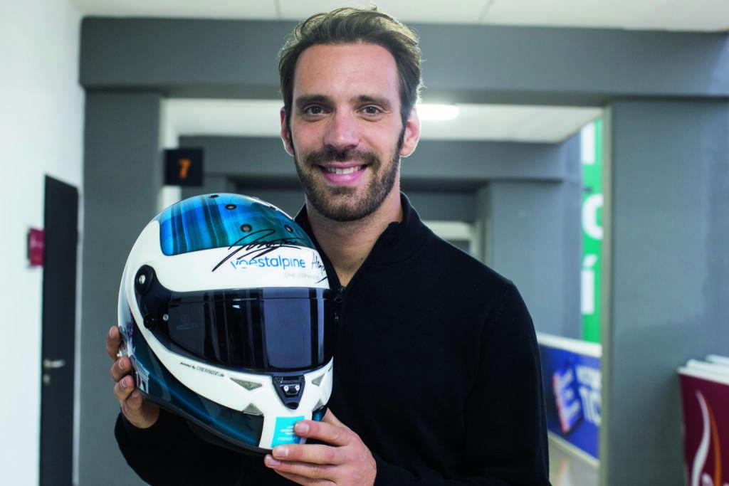 Formel E testet in Valencia – Startschuss für die voestalpine European Races - Jean-Eric Vergne bei den Testtagen in Valencia mit dem voestalpine-Rennhelm (c)Courtesy of Formula E, © Aussendung (19.10.2018)