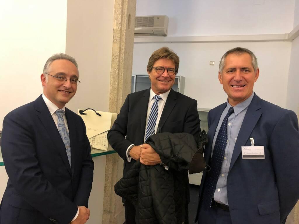 WSS Vermögensmanagement GmbH-Geschäftsführer Herbert Scherrer (rechts) mit Gästen (22.10.2018)