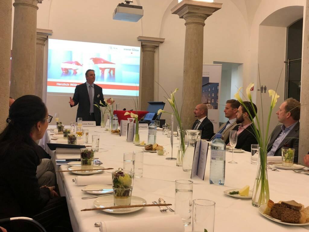 Präsentation des neuen Österreich-Fonds der WSS Vermögensmanagement GmbH in der Säulenhalle der Wiener Börse, Thomas Rainer (Member Sales & Business Development bei der Wiener Börse) fungierte als Gastgeber (22.10.2018)