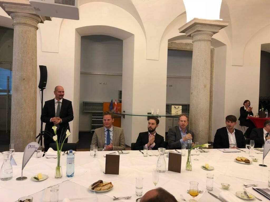 Präsentation des Österreich-Fonds der WSS Vermögensmanagement GmbH: Peter Fleischer (voestalpine), Florian Helmberger von der hello Bank (22.10.2018)