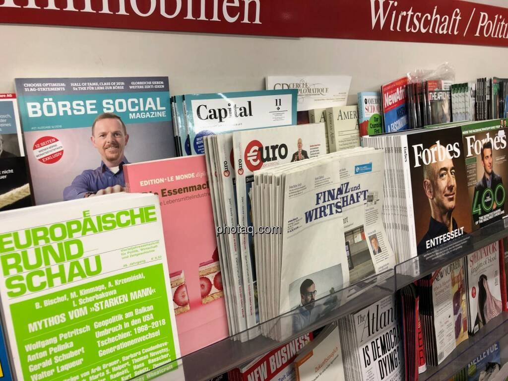Börse Social Magazine #21, Kiosk, Morawa, Christian Hendrik Knappe, Jeff Bezos, Forbes, © photaq.com (30.10.2018)