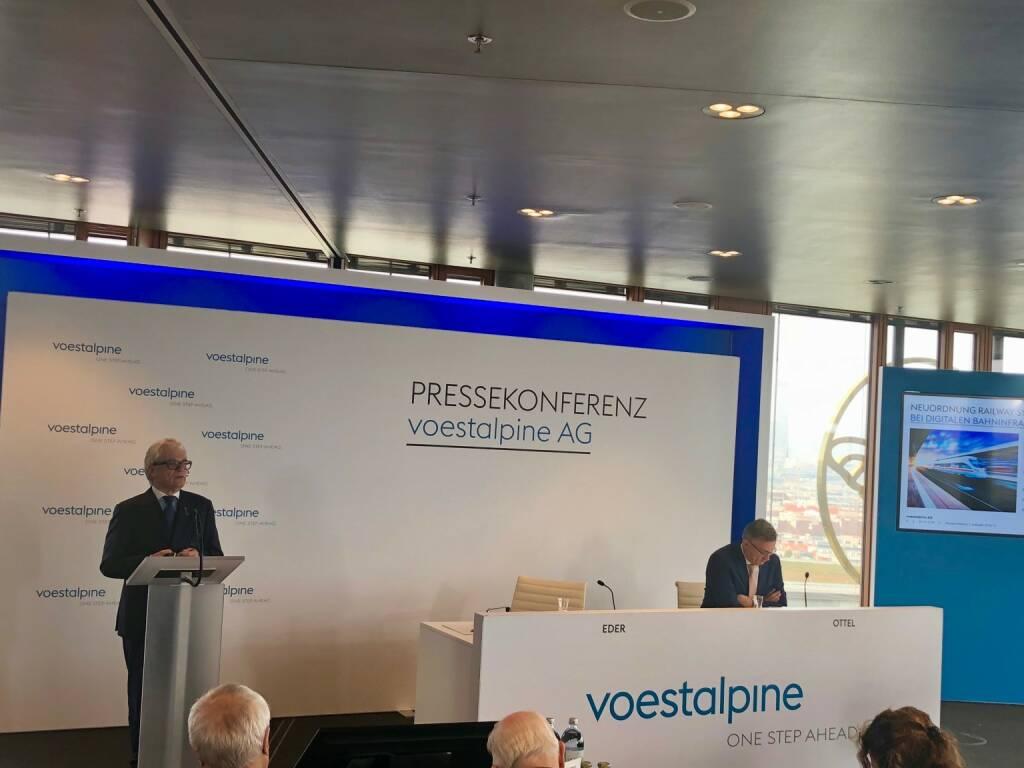 voestalpine-Halbjahres-PK am 7.11.2018, CEO Wolfgang Eder, CFO Robert Ottel (07.11.2018)