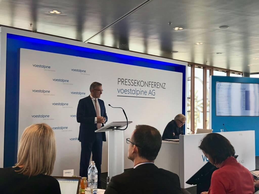 voestalpine-Halbjahres-PK am 7.11.2018, CFO Robert Ottel, CEO Wolfgang Eder (07.11.2018)