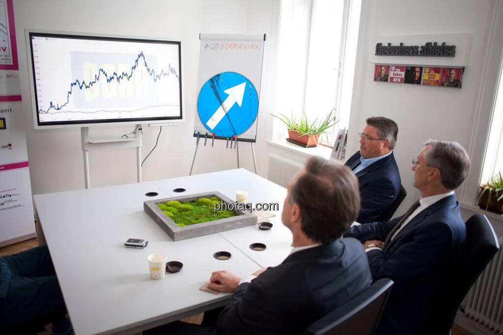 Chart, up, Thomas Winkler (UBM), Karl-Heinz Strauss (Porr), Thomas Birtel (Strabag), © Michaela Mejta/photaq.com (21.11.2018)