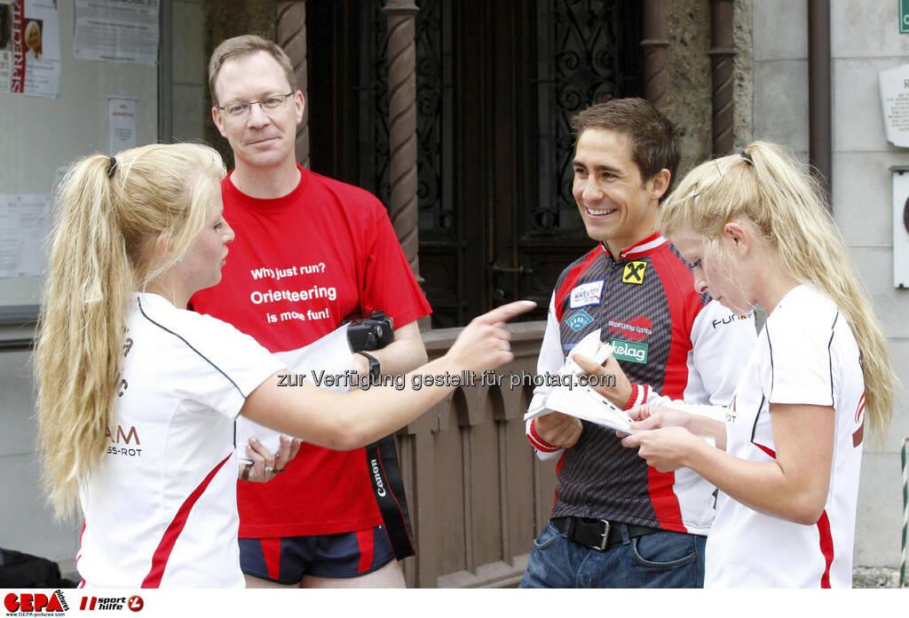 WIFI Sporthilfe Forum. Mirneta Becirovic (AUT), Praesident Erik Adenstedt (OEFOL), Kevin Haselsberger (MTOB) und Mirnesa Becirovic (AUT), Foto: GEPA pictures/ Harald Steiner (17.06.2013)