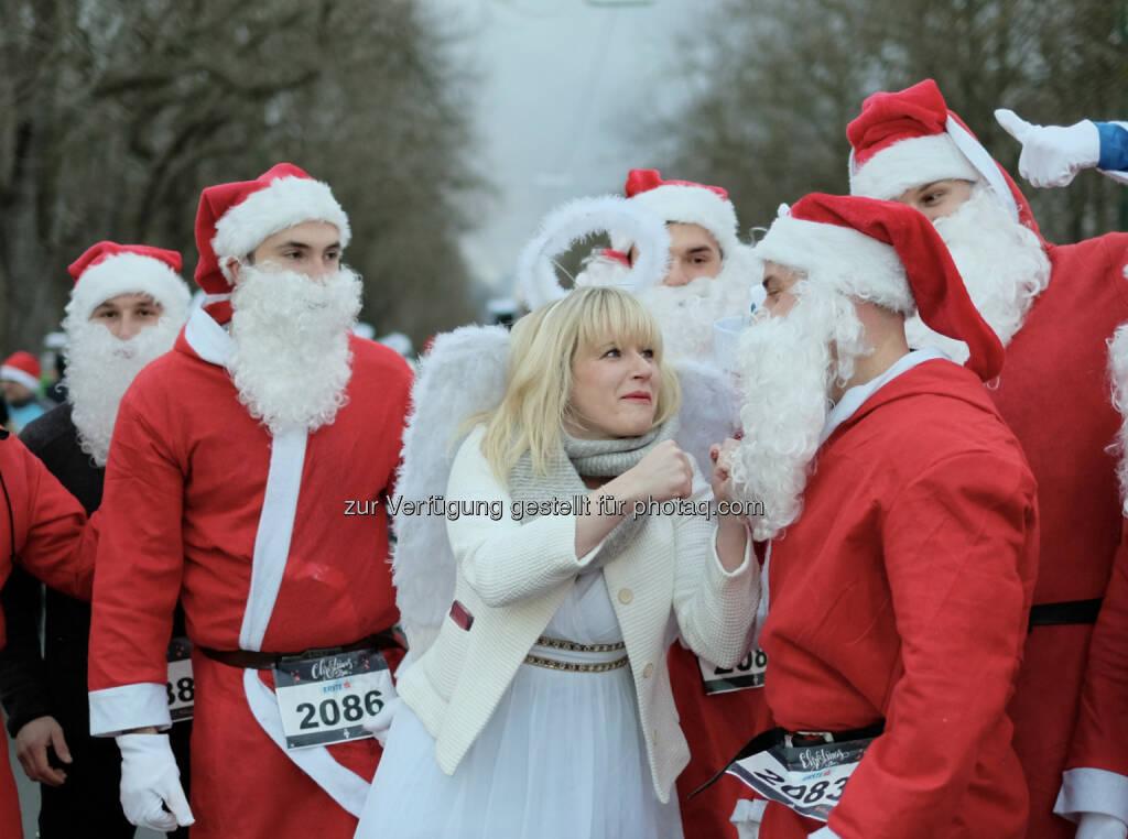 Christkind und Weihnachtsmann www.christmasrun.at (11.12.2018)
