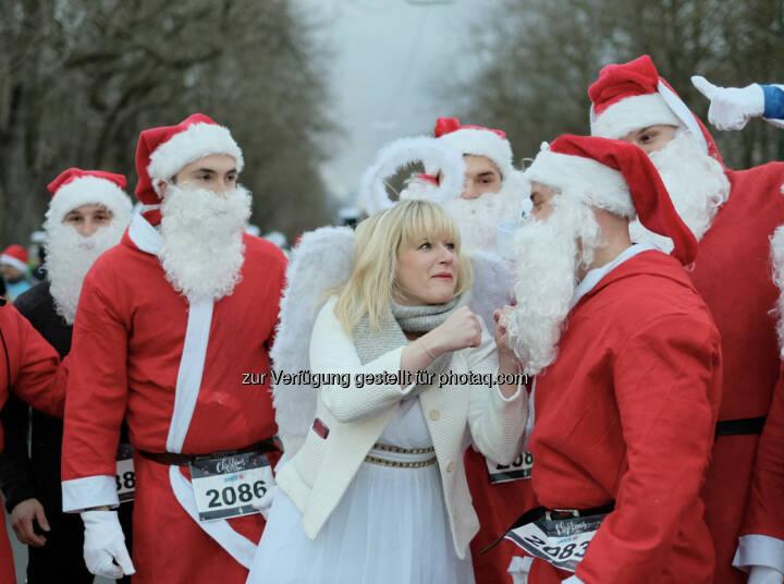 Christkind und Weihnachtsmann www.christmasrun.at
