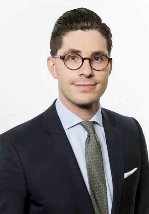 Maximilian-Benedikt Köhn, Analyst für den Sektor Healthcare bei der DJE Kapital AG, Credit: DJE