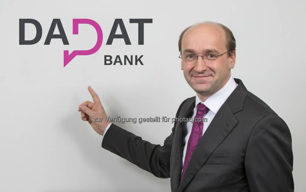 """Ernst Huber, CEO der österreichischen DADAT Bank: """"Anleger erhalten bei Fonds künftig einen pauschalen Rabatt von 80 Prozent auf den Ausgabeaufschlag."""" (02.01.2019)"""
