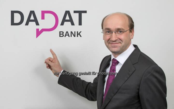 """Ernst Huber, CEO der österreichischen DADAT Bank: """"Anleger erhalten bei Fonds künftig einen pauschalen Rabatt von 80 Prozent auf den Ausgabeaufschlag."""""""