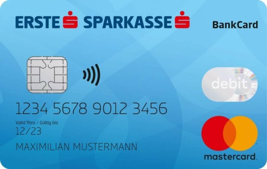 """Seit Jahresbeginn 2019 gelten in der EU einheitliche Begriffe für Bankgeschäfte. Diese Regelung sorgt für bessere Transparenz für KonsumentInnen und das fördert Innovation. """"Um den Standort zu stärken, ist Innovation nötig – auch im Finanzbereich. So wird zum Beispiel die für April 2019 angekündigte Debit Mastercard nur ein Erfolg sein, wenn alle KundInnen rasch verstehen, dass diese Bankomatkarte 2.0 viele Vorteile bringt. Derzeit ist den ÖsterreicherInnen der Begriff Debitkarte unbekannt. Das behindert Innovationen!"""" sagt Birgit Kraft-Kinz. """"Die EU Regelung fördert die gemeinsame Sprache im europäischen Raum – das begünstigt Innovationen und das freut uns"""", meint Birgit Kraft-Kinz, Vereinsgründerin des Digital Hub Vienna. Credit: Erste Bank, © Aussender (15.01.2019)"""