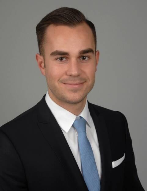 Konstantin Hörl unterstützt seit 1. Januar 2019 als Operations- und Projekt Manager das Team von Solidvest, der digitalen Vermögensverwaltung der DJE Kapital AG (DJE). Bild: DJE (17.01.2019)