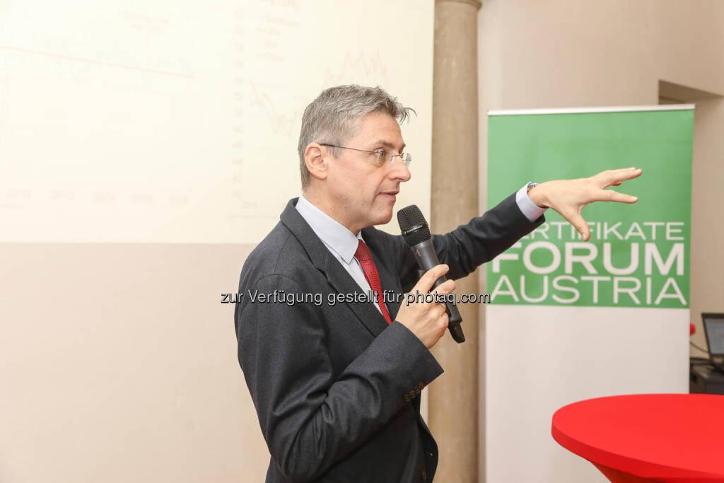 Stefan Bruckbauer (Chefökonom, UniCredit Bank Austria AG), © Zertifikate Forum Austria/APA-Fotoservice/Tanzer Fotograf/in: Richard Tanzer (23.01.2019)