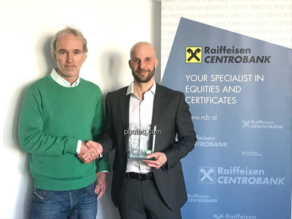 Christian Drastil (BSN), Martin Kreiner (Leiter Handel in der RCB) - Number One Awards 2018 - Specialist Market Maker RCB, © photaq (30.01.2019)
