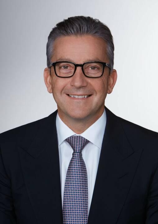 Armin Schmitt, Leiter des Bereichs Financial Services Advisory und Partner bei EY Österreich: Österreichischer Bankenmarkt: Vertrauen in Hausbanken sinkt, während digitale Dienste zunehmend wichtiger werden, Copyright: EY