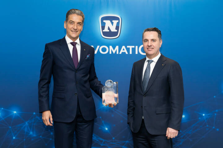 "NOVOMATIC GROUP: International ausgezeichnet: NOVOMATIC erneut ""Casino Supplier of the Year"", Mag. Harald Neumann (CEO) und Mag. Thomas Graf (CTO) NOVOMATIC AG, Credit: NOVOMATIC/Thomas Meyer Photography"
