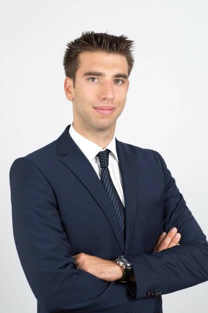 CORUM, eine französische Vermögensverwaltungsgesellschaft, ist ab sofort auch mit einem Standort in Österreich vertreten und geht mit CORUM Origin mit einem Immobilienfonds an den Start. Österreichische Anleger haben nun ab einer Mindestveranlagungssumme von 1.075 Euro die Möglichkeit zu investieren und monatliche Dividendenzahlungen zu lukrieren. Christopher Kampner, MA, CORUM Head of Sales Österreich; Credit: Corum (14.02.2019)