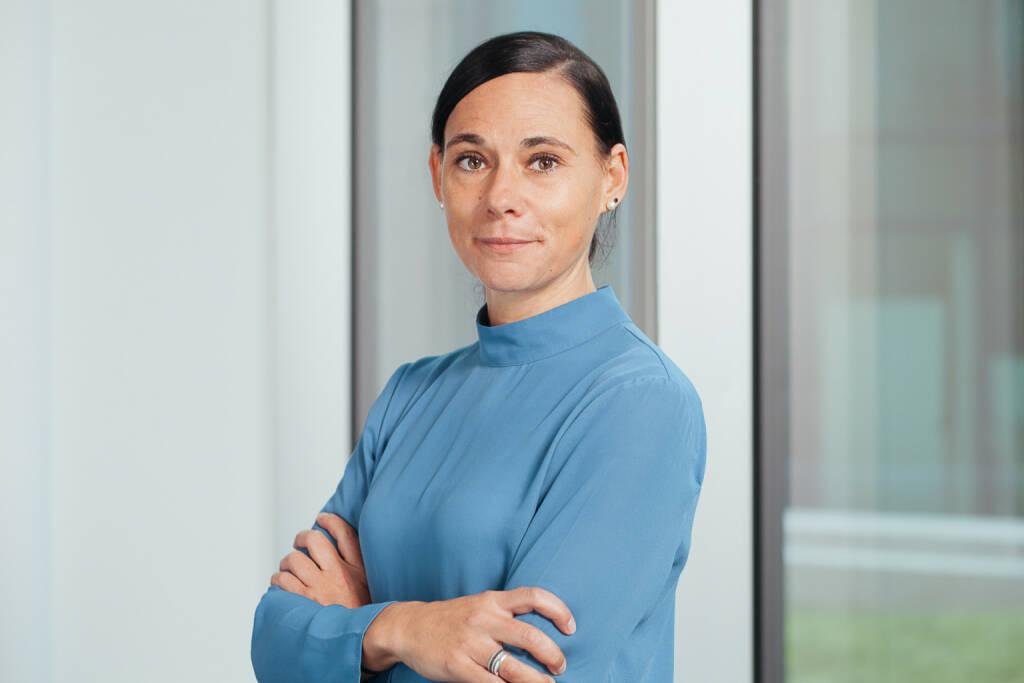 Sabine Reinprecht leitet seit April 2018 die Unternehmenskommunikation für die Novartis Gruppe in Österreich und übernahm mit Anfang Februar 2019 zusätzlich die Leitung der Kommunikation für den Bereich Innovative Medicines (Novartis Pharma und Novartis Onkologie). Fotocredit: Freynschlag (20.02.2019)