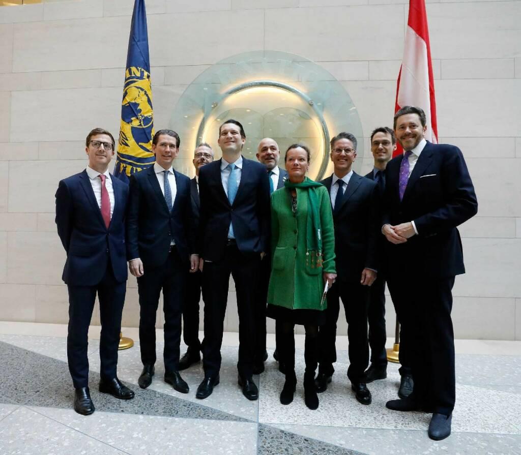 Am 21. Februar 2019 traf Bundeskanzler Sebastian Kurz im Rahmen seiner Washington Reise Österreicher bei Internationaler Währungsfonds. FotografIn: Dragan Tatic Quelle: BKA (21.02.2019)