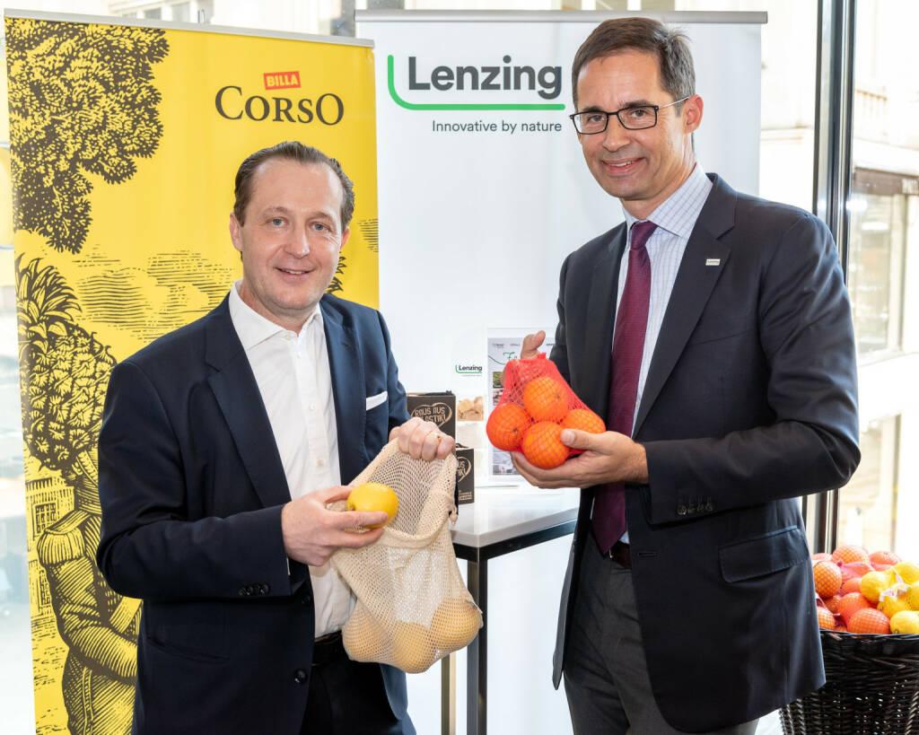 Die Lenzing Gruppe und BILLA bieten Konsumenten alternative Lösungen zu Verpackungen aus Plastik. Die neu auf den Markt gebrachten Mehrwegnetze für Obst und Gemüse aus LenzingTM Modalfasern finden großen Anklang: Seit der Einführung der Mehrwegnetze im November 2018 sind bereits über 138.000 Stück bei BILLA, MERKUR und ADEG verkauft worden. Lenzing-Vorstandsvorsitzender Stefan Doboczky mit Lenzing-Vorstandsvorsitzender Stefan Doboczky; Credit: Lenzing, © Aussender (28.02.2019)