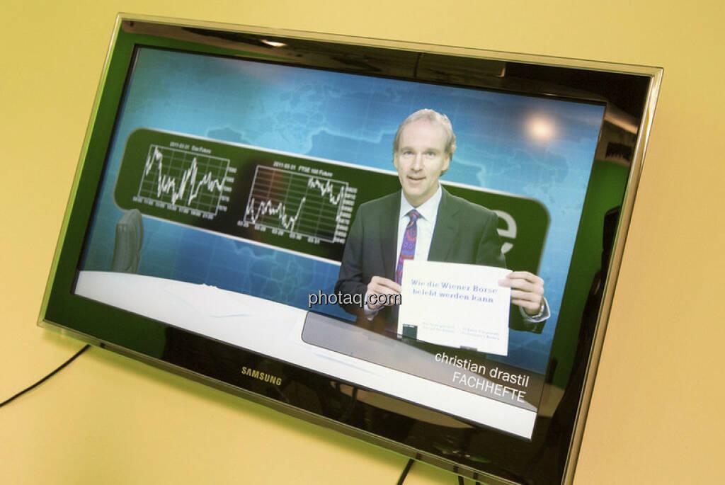 Fachheft als Test-Testimonial im Erste Research TV, präsentiert von Christian Drastil (c) Martina Draper (15.12.2012)
