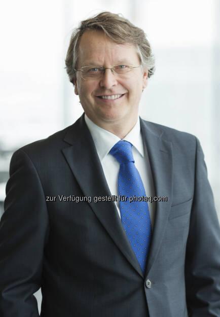 Thomson Reuters zeichnet Hans Tschuden (Telekom Austria) als CFO Of The Year aus (19.06.2013)