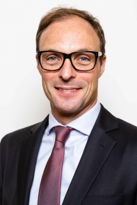 Georg von Pföstl ist seit dem Herbst 2018 neuer Partner bei der Management- und Technologieberatung BearingPoint in Österreich. Er verstärkt im Consulting den Bereich Financial Services am Standort Wien Schwarzenbergplatz. Sein Fokus liegt dabei sowohl fachlich, prozessual als auch datentechnisch im Bereich Risikomanagement und Aufsichtsrecht von Banken. Fotocredit :Bearingpoint