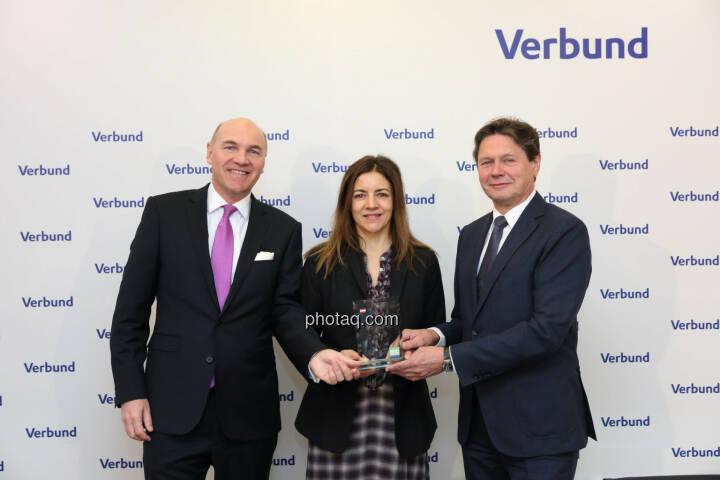 Peter Kollmann (Verbund), Christine Petzwinkler (BSN), Wolfgang Anzengruber (Verbund) - Number One Awards 2018 - Kurs- & Umsatzplus im ATX Prime Verbund