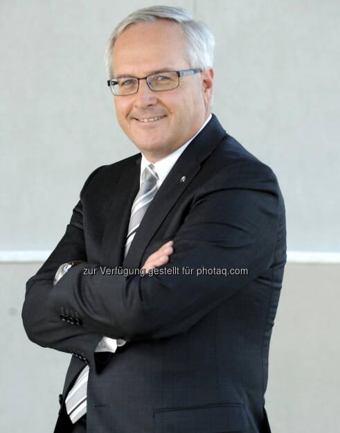 Hannes Bogner, Vorstand Uniqa (20. Juni) - finanzmarktfoto.at wünscht alles Gute!, © entweder mit freundlicher Genehmigung der Geburtstagskinder von Facebook oder von den jeweils offiziellen Websites  (20.06.2013)