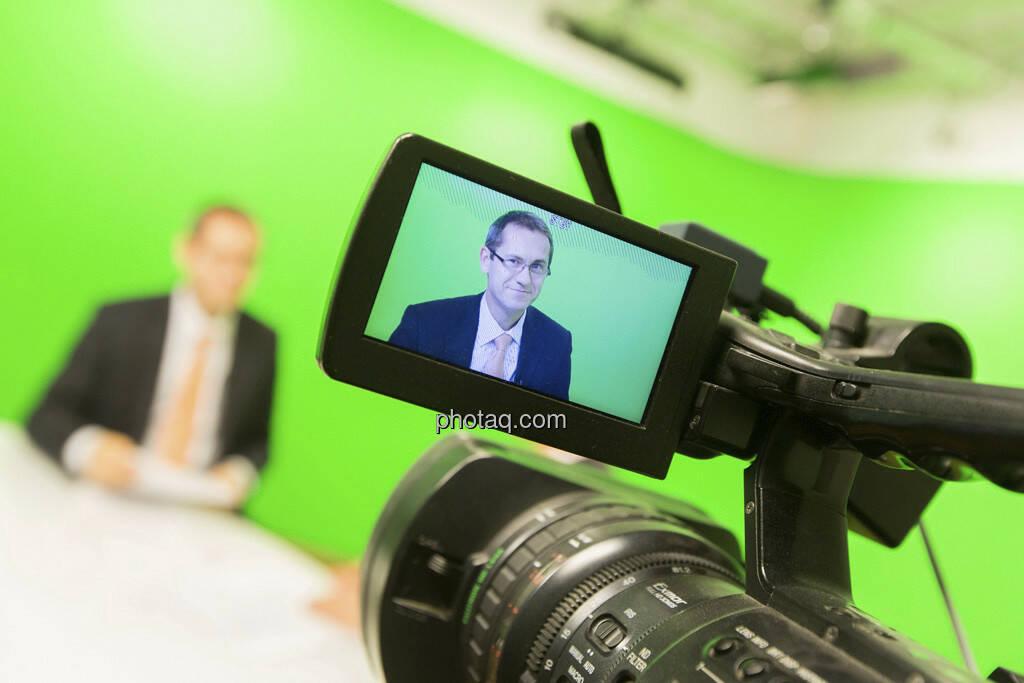 Erste Group Research TV - Günther Artner (Erste Group), © Martina Draper (15.12.2012)