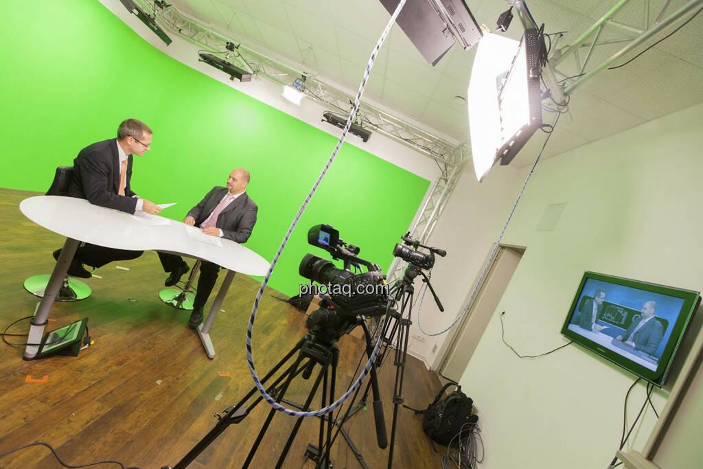 Erste Group Research TV - Günther Artner,  Daniel Lion (Erste Group), © Martina Draper (15.12.2012)