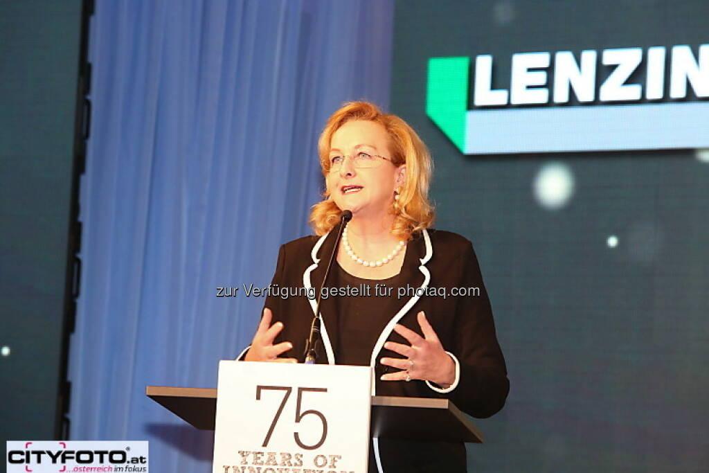 75 Jahre Lenzing: Maria Fekter, © cityfoto.at (23.06.2013)