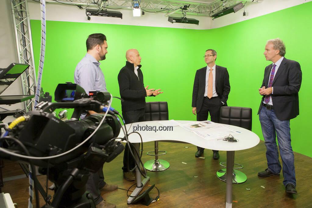 Erste Group Research TV - Georg Wachberger, Günther Artner (Erste Group Research), Christian Drastil (CD Comm.) - rechts, © Martina Draper (15.12.2012)