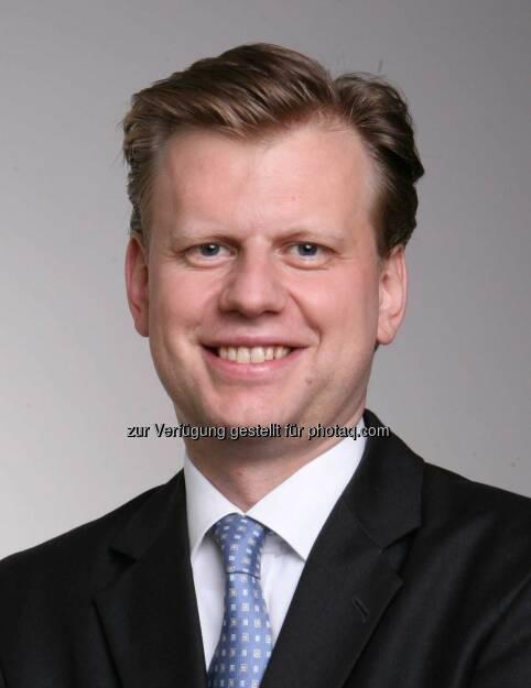 Clemens Hasenauer (CHSH) hat die OMV bei der Umsetzung eines Compliance Management Systems als erstes ATX Unternehmen gemäß dem strengen und umfassenden Standard IDW PS 980 beraten. (05.07.2013)