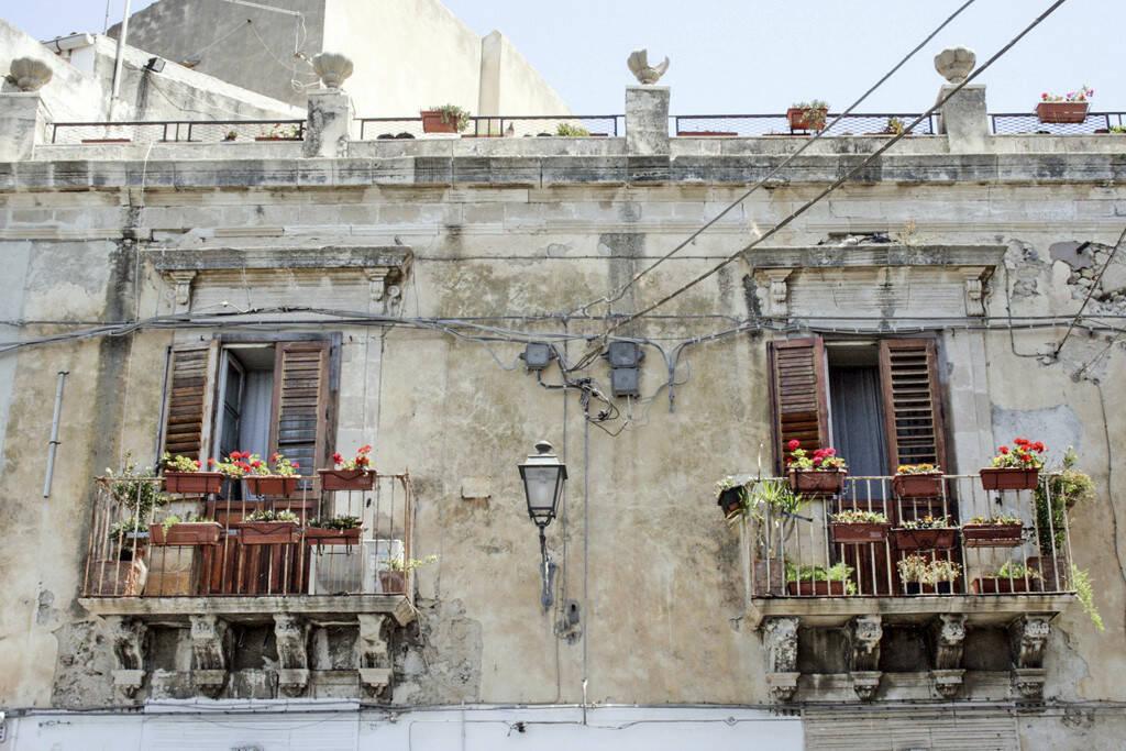 Balkone, Palermo, Sizilien, © Gabriele Hartweger (05.07.2013)