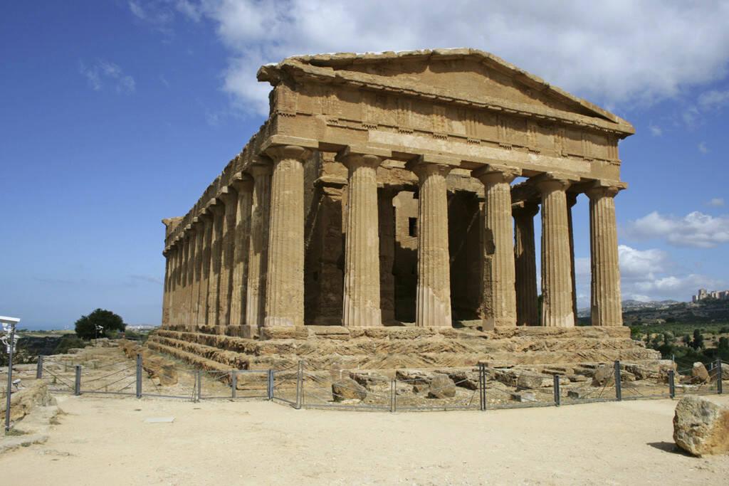 Straße der Tempel, Appollotempel, Agrigent, Sizilien, © Gabriele Hartweger (05.07.2013)