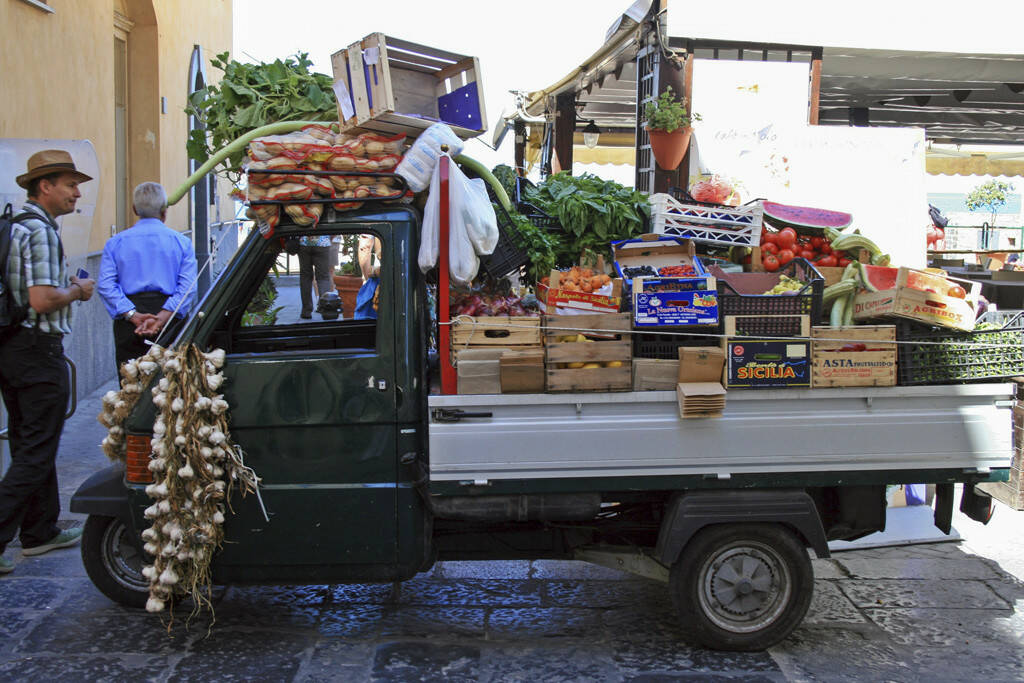 fahrender Gemüsehändler, Sizilien, © Gabriele Hartweger (05.07.2013)