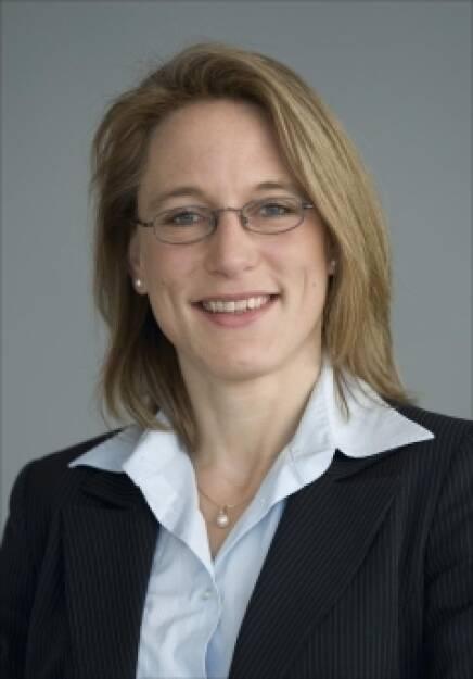 Daniela Hofmann, DZ Bank (16.Juli) - finanzmarktfoto.at wünscht alles Gute!, © entweder mit freundlicher Genehmigung der Geburtstagskinder von Facebook oder von den jeweils offiziellen Websites  (16.07.2013)