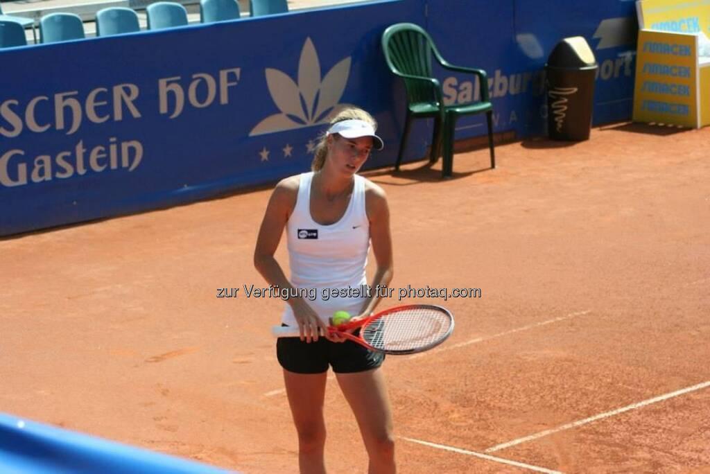 Pia König beim Nürnberger Gastein Ladies, Tennis - mehr unter https://www.facebook.com/GasteinLadies (17.07.2013)