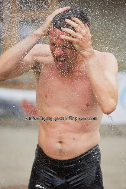 Wasser, Haare waschen, Sommer, ESPA-Ötscher-Marathon 2013 , © Rainer Mirau (27.07.2013)
