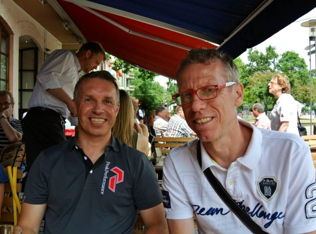 Alfred Reisenberger und Peter Stöger am letzten Juli-Wochenende beim Flanieren in Köln, mehr dazu im Juli-Fachheft bzw. unter http://finanzmarktfoto.at/page/index/585 (28.07.2013)