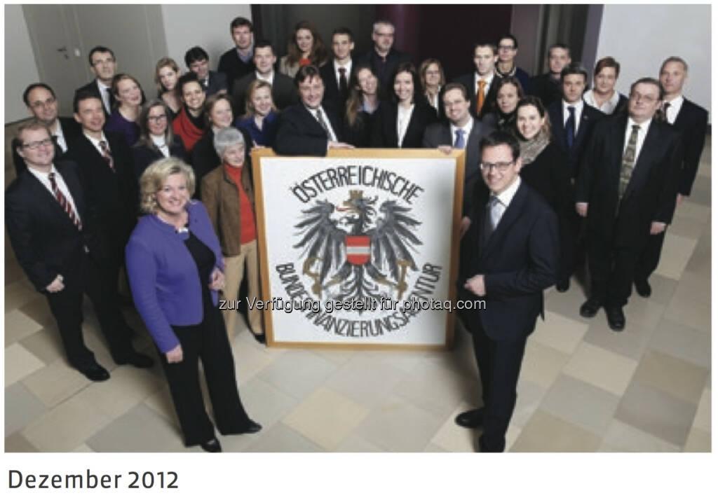20 Jahre Österreichische Bundesfinanzierungsagentur: Team Ende 2012 - mehr unter http://www.oebfa.at/de/osn/DownloadCenter/Die%20OeBFA/OeBFA_Geschichte_web.pdf, © OeBFA (01.08.2013)