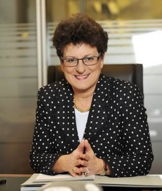 Regina Prehofer, Bankerin, WU-Rektorin (2. August) - finanzmarktfoto.at wünscht alles Gute!, © entweder mit freundlicher Genehmigung der Geburtstagskinder von Facebook oder von den jeweils offiziellen Websites  (02.08.2013)