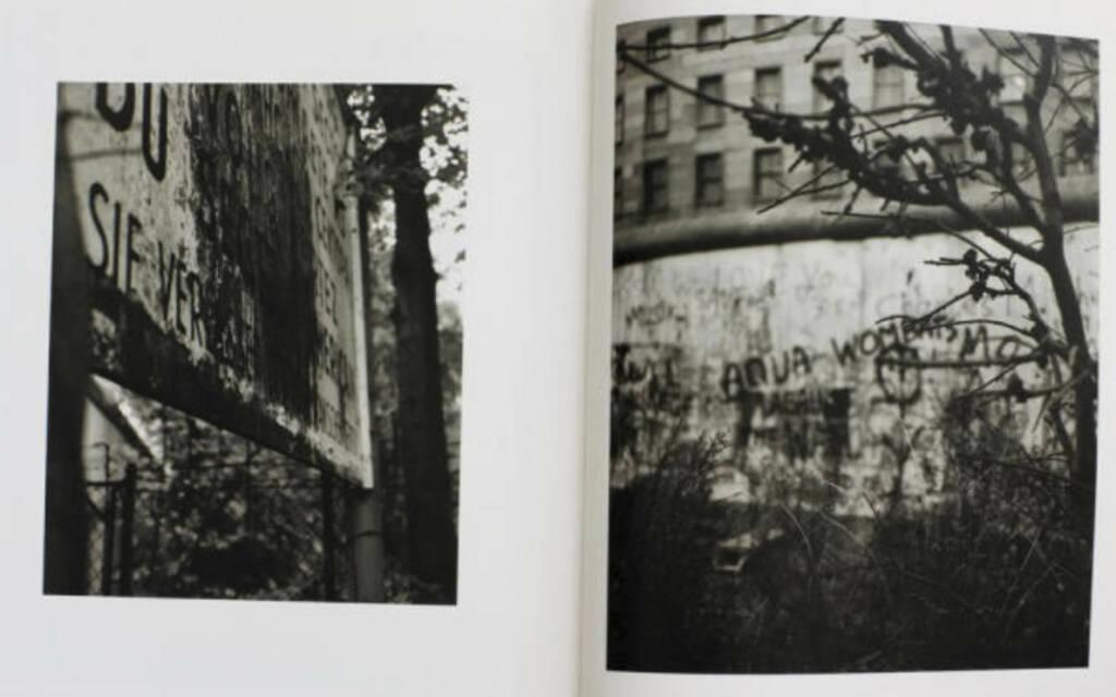 eine Seite aus Michael Schmidt - Waffenruhe, Preis: 300-600 Euro, http://josefchladek.com/book/michael_schmidt_-_waffenruhe (04.08.2013)