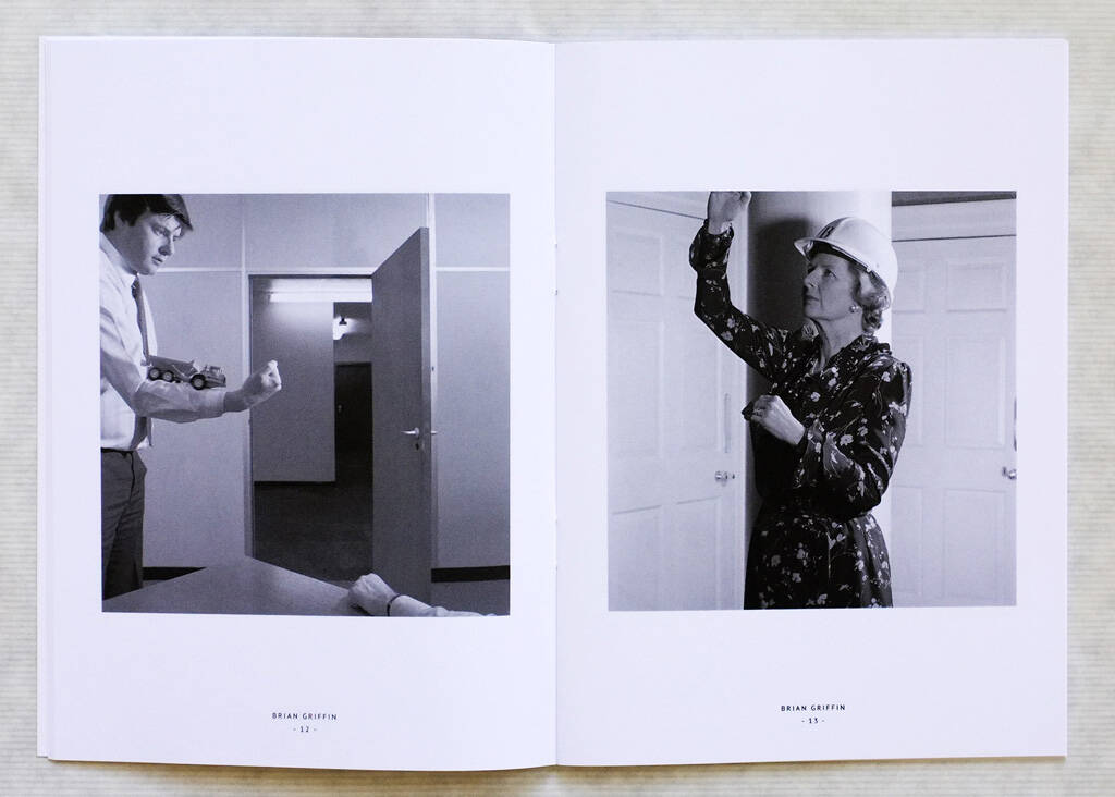 Margaret Thatcher rechts, (c) Brian Griffin - Business as Usual/Editions Bessard (06.08.2013)