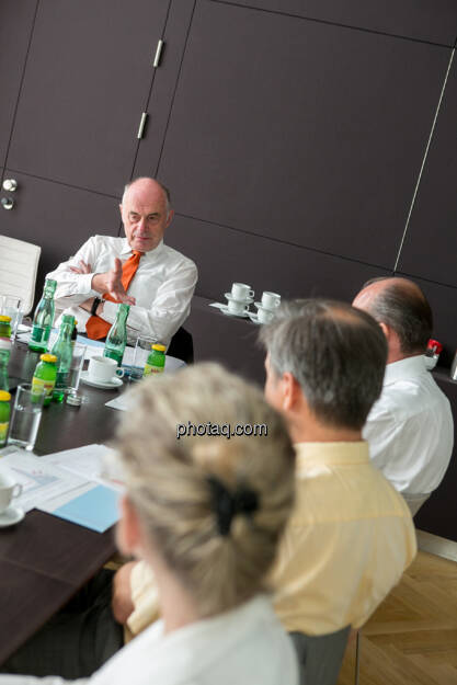 Wolfgang Nolz (Kapitalmarktbeauftragter, BMF), Michael Spiss (RCB), Heinrich Traumüller (Büro des Kapitalmarktbeauftragten, BMF), Andrea Pelinka-Kinz (RCB), © finanzmarktfoto.at/Martina Draper (06.08.2013)