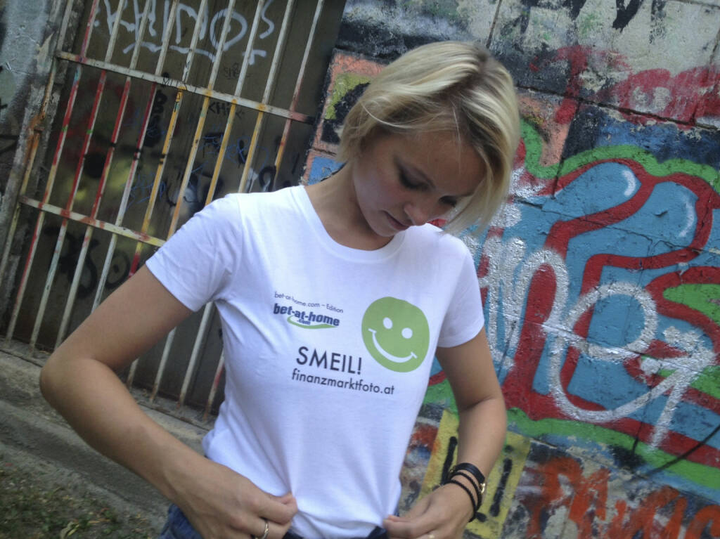 Graffiti Smeil! Barbara Freitag (Shirt in der bet-at-home.com-Edition) (10.08.2013)