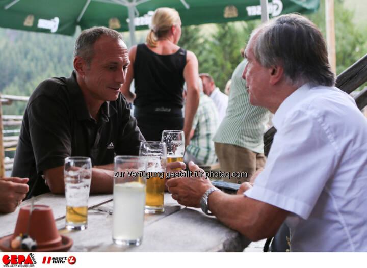 Toni Schutti (Sporthilfe) und Generaldirektor-Stellvertreter Friedrich Stickler (Lotterien). Foto: GEPA pictures/ Markus Oberlaender