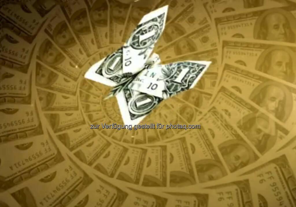 Dollar, Schmetterling, Geld, Abgrund - ein Still aus https://vimeo.com/68766520 von Julie Böhm (17.08.2013)