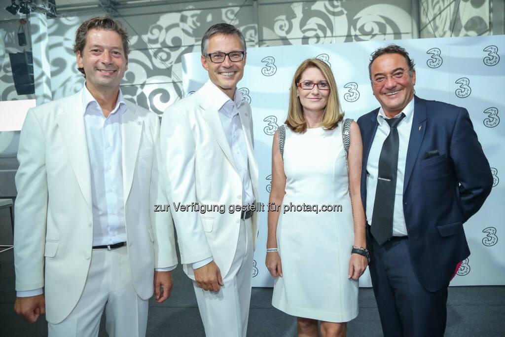 Heinz Stiastny (Ex-Postbus Generaldirektor) mit 3 Geschäftsführung, © 3 (20.08.2013)